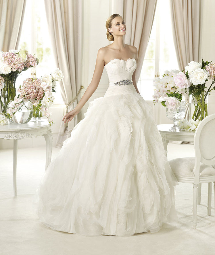 Pronovias 'Benicarlo' - Pronovias - Nearly Newlywed Bridal Boutique - 1