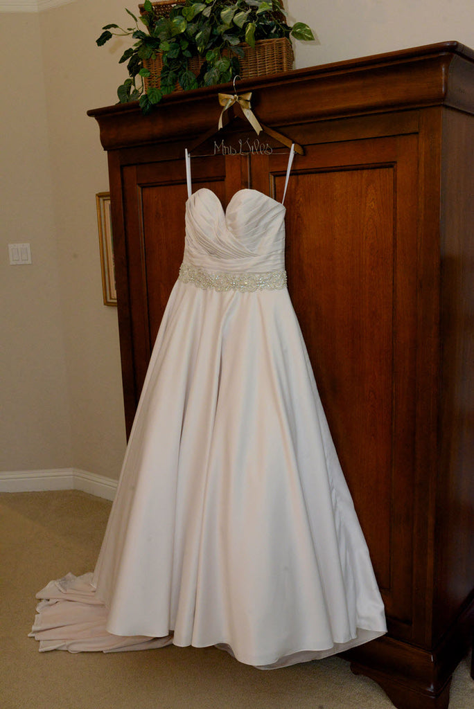 Allure Bridals '9065' size 10 used wedding dress front view on hanger