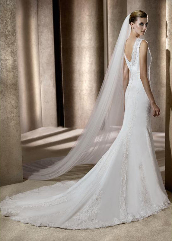 Pronovias Brisa Trumpet Bateau Wedding Dress - Nearly Newlywed Wedding Dress Shop - Nearly Newlywed Bridal Boutique - 1