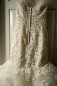 Oscar de la Renta '44N44' - Oscar de la Renta - Nearly Newlywed Bridal Boutique - 2