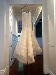 Vera Wang 'Leda' size 6 used wedding dress back view on hanger