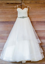 Load image into Gallery viewer, Hayley Paige 'Blush 1504' - Hayley Paige - Nearly Newlywed Bridal Boutique - 5