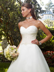 Casablanca 'Strapless' size 6 new wedding dress front view close up on model