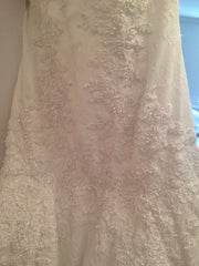 Mikael D 'Strapless' size 6 sample wedding dress close up of fabric