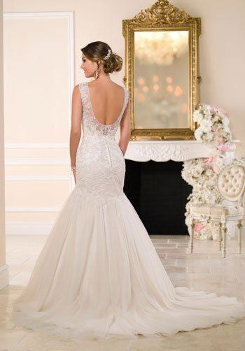 Stella York '6017' size 10 new wedding dress back view on model