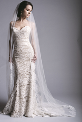 Anna Maier 'Lyon' size 6 new wedding dress front view on model