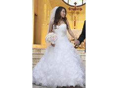 Allure Bridals 'Sweetheart Organza' size 6 used wedding dress front view on bride