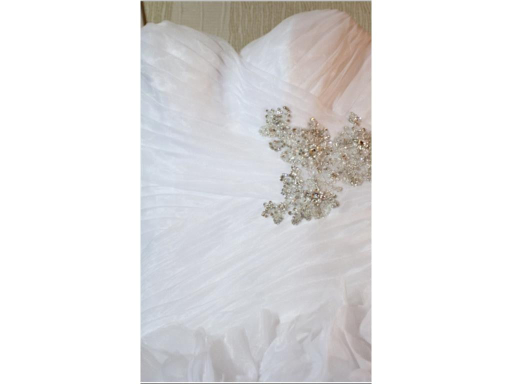 Allure Bridals 'Sweetheart Organza' size 6 used wedding dress front view close up on hanger