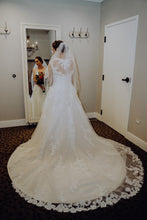 Load image into Gallery viewer, Casablanca '2289' size 6 used wedding dress back view on bride