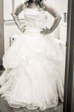Load image into Gallery viewer, Disney 'White Tulle & Satin' size 8 used wedding dress front view on bride