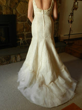Load image into Gallery viewer, Agnes 'Lace and Satin' - Agnes - Nearly Newlywed Bridal Boutique - 2