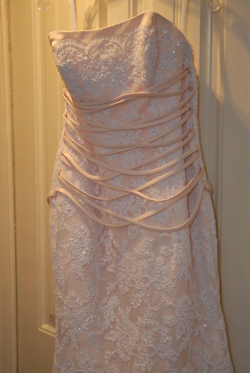 Impression Bridal 'Zurc' size 10 used wedding dress front view close up