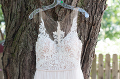 Stella York '6555 IV' size 4 new wedding dress front view close up on hanger