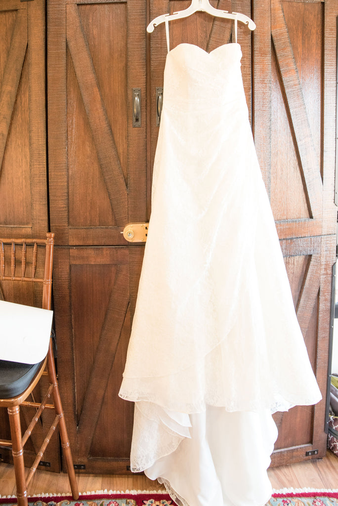 David's Bridal '10012471' size 2 used wedding dress front view on hanger