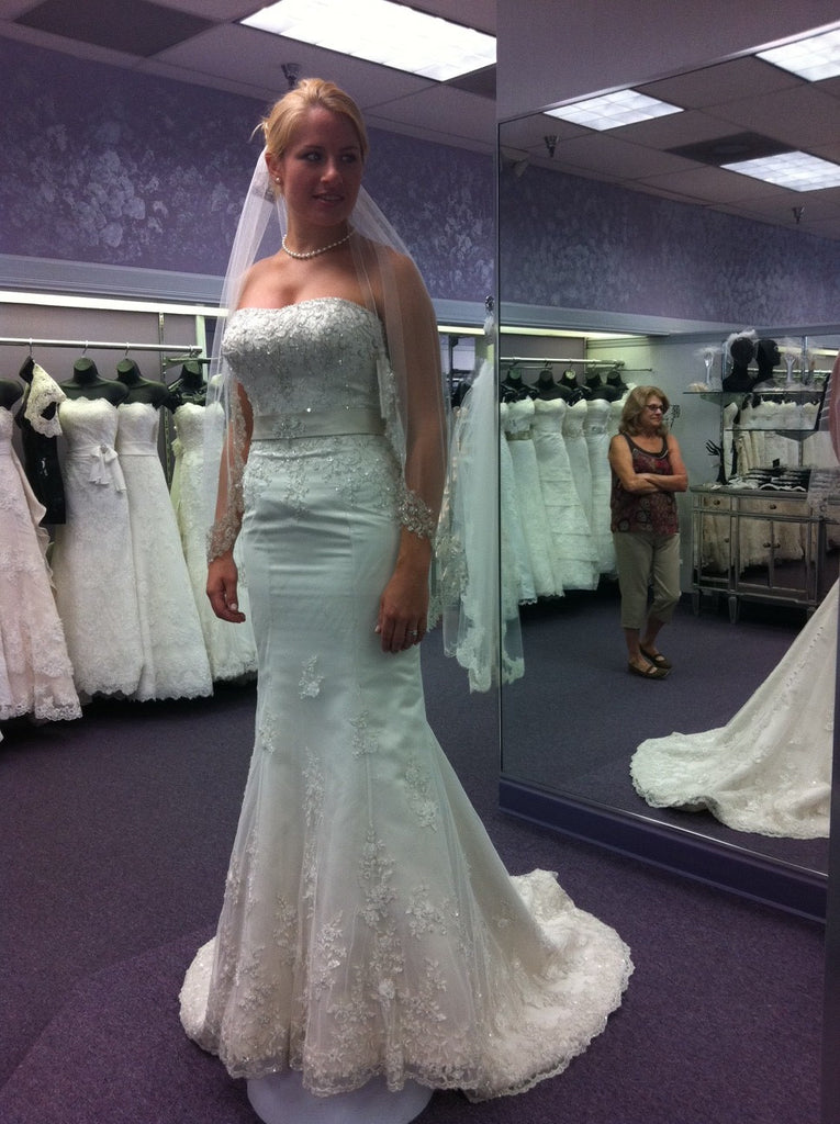 Allure 'L182' - Allure - Nearly Newlywed Bridal Boutique - 1