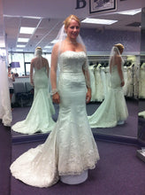 Load image into Gallery viewer, Allure 'L182' - Allure - Nearly Newlywed Bridal Boutique - 2
