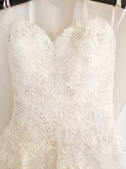 Casablanca 'Juniper' size 4 used wedding dress front view close up on hanger