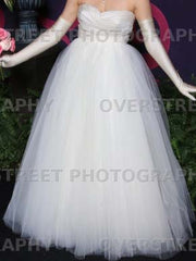Tar Keely '2161' size 8 used wedding dress front view on bride