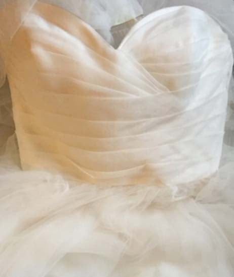 Tar Keely '2161' size 8 used wedding dress front view close up