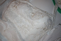 David's Bridal 'Michaelangelo' size 6 used wedding dress front view close up