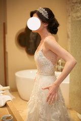 Inbal Dror 'BR 17-04' size 6 used wedding dress side view on bride