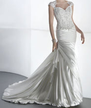 Load image into Gallery viewer, Demetrios 'Sensualle' - Demetrios - Nearly Newlywed Bridal Boutique - 3