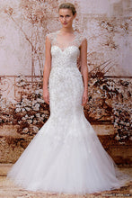 Load image into Gallery viewer, Monique Lhuillier 'Adele' - Monique Lhuillier - Nearly Newlywed Bridal Boutique - 2