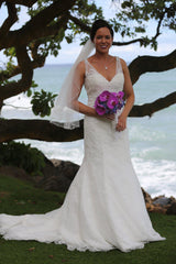 Allure Style 2606 Ivory Lace Wedding Gown - Allure - Nearly Newlywed Bridal Boutique - 6