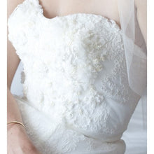 Load image into Gallery viewer, Anaiss 'Sophie' Lace & Beaded Wedding Dress - Anaiss - Nearly Newlywed Bridal Boutique - 2