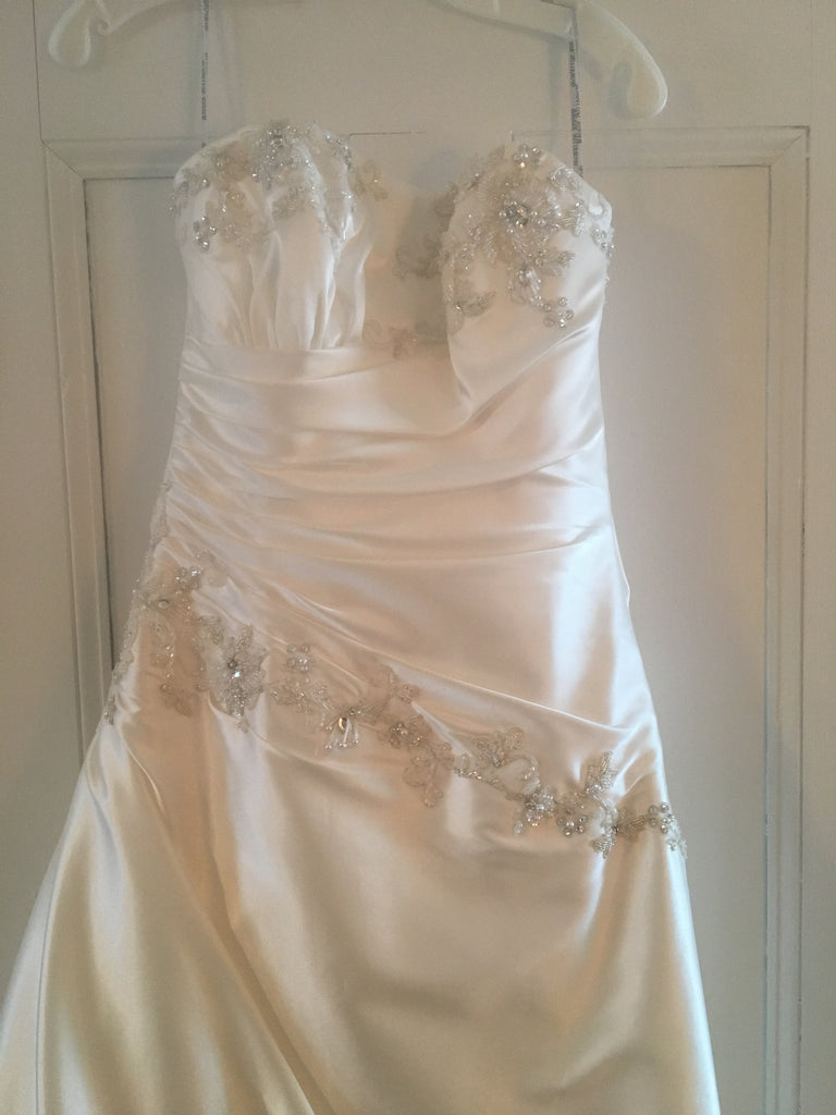 Maggie sottero 39 alexandria 39 size 6 new wedding dress for Resell your wedding dress