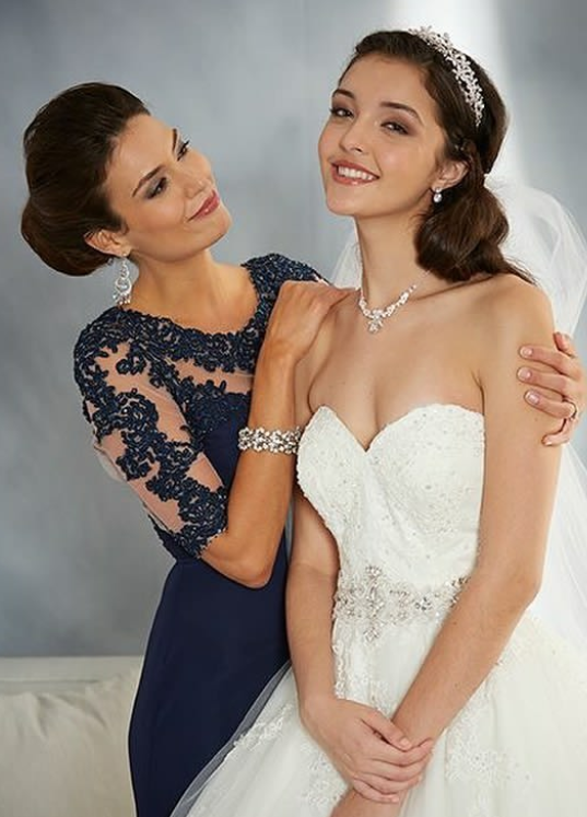Alfred Angelo '2492'
