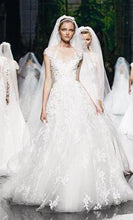 Load image into Gallery viewer, Elie Saab 'Monceau' - Elie Saab - Nearly Newlywed Bridal Boutique - 3