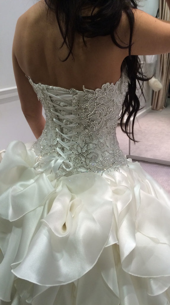 Pnina Tornai \'Lace Corset Dress\' size 2 used wedding dress - Nearly ...