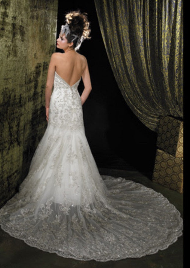 Allure Bridals '8488' size 6 used wedding dress back view on model