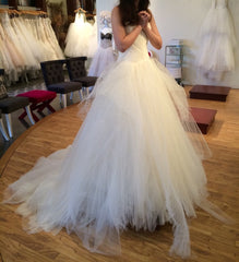 Vera Wang 'Octavia' - Vera Wang - Nearly Newlywed Bridal Boutique - 1
