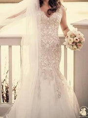 Allure Bridals 'C369' size 12 used wedding dress front view on bride