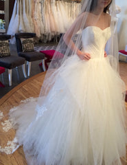 Vera Wang 'Octavia' - Vera Wang - Nearly Newlywed Bridal Boutique - 2