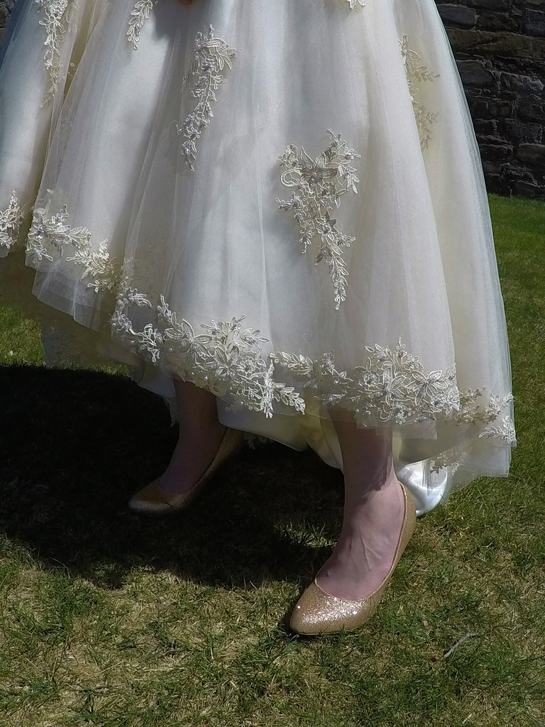 House of Mooshki 'Bespoke Alice' size 12 new wedding dress view of hemline