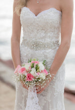 Load image into Gallery viewer, Demetrios 'Ilissa 900' - Demetrios - Nearly Newlywed Bridal Boutique - 3