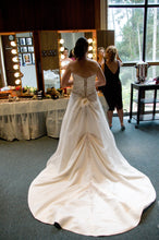 Load image into Gallery viewer, Mon Cheri 'James Clifford' - Mon CHeri Bridal - Nearly Newlywed Bridal Boutique - 2