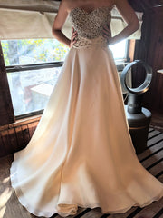 Naeem Khan 'Venice' size 10 new wedding dress front view on bride