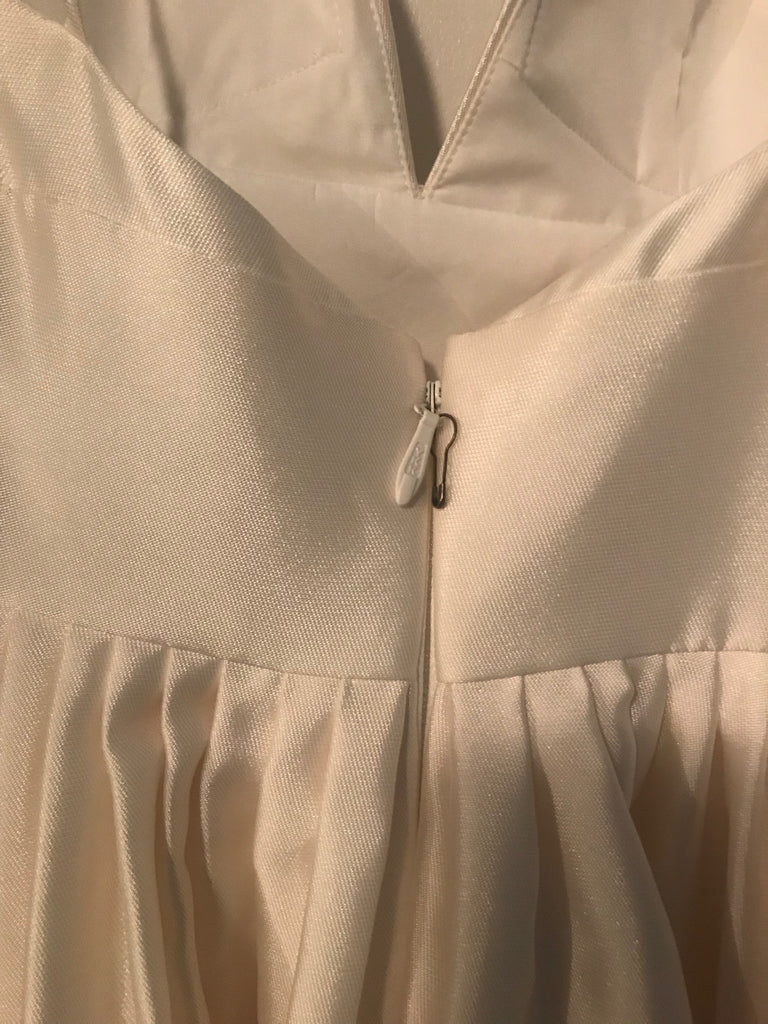 BHLDN 'Opaline' size 4 new wedding dress back view on hanger