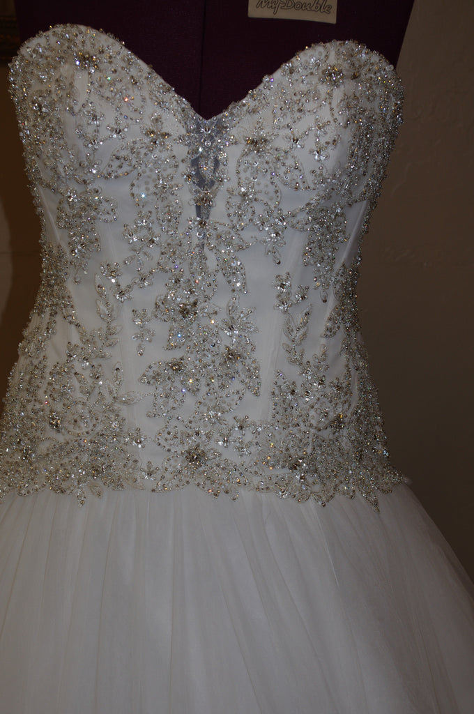 Allure 'C 222' - Allure - Nearly Newlywed Bridal Boutique - 2