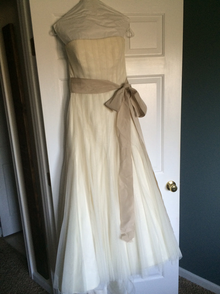 Vera Wang '2G165' - Vera Wang - Nearly Newlywed Bridal Boutique - 3