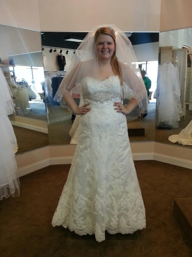 Casablanca '2072' size 18 used wedding dress front view on bride