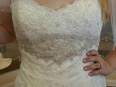 Casablanca '2072' size 18 used wedding dress front view close up on bride
