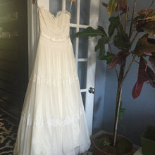 Load image into Gallery viewer, Melissa Sweet 'Fern' - Melissa Sweet - Nearly Newlywed Bridal Boutique - 2