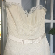 Load image into Gallery viewer, Melissa Sweet 'Fern' - Melissa Sweet - Nearly Newlywed Bridal Boutique - 3