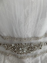 Load image into Gallery viewer, Cosmobella '7385' size 12 used wedding dress view of trim