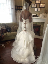 Load image into Gallery viewer, Lis Simon 'Francesca' - Lis simon - Nearly Newlywed Bridal Boutique - 3